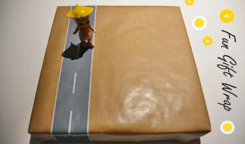 DIY: Fun and easy gift wrap