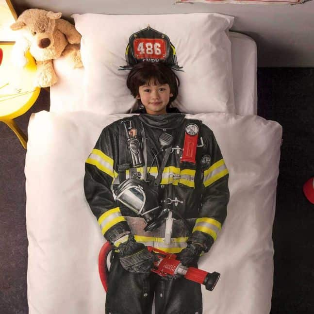 snurk-firefighter_close_styled