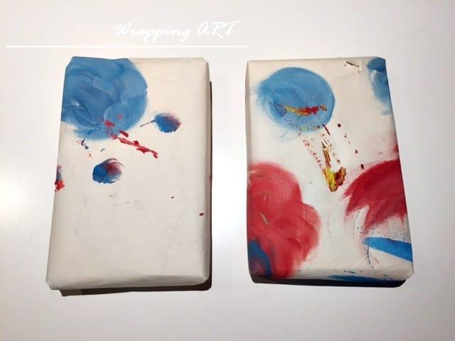 Απλά πράγματα: Τυλίξτε δώρα με τις ζωγραφιές τους.