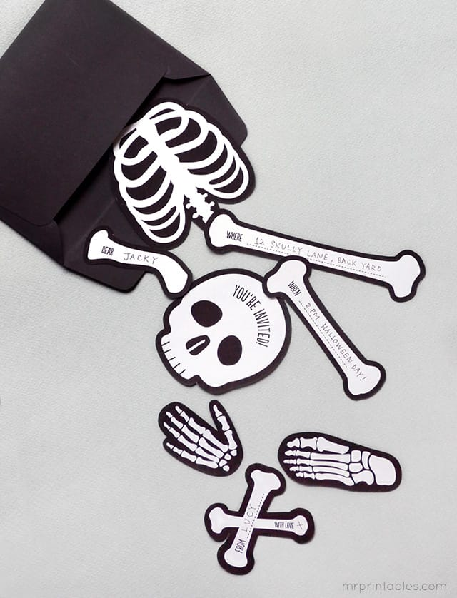 halloween-invitation-bag-o-bones