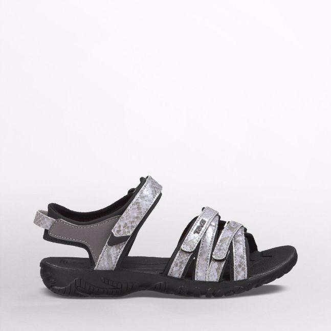 teva shoes 2
