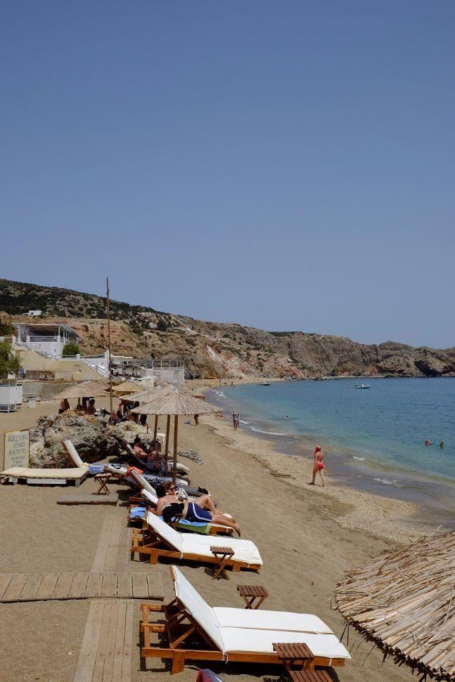 milos beaches paliochori