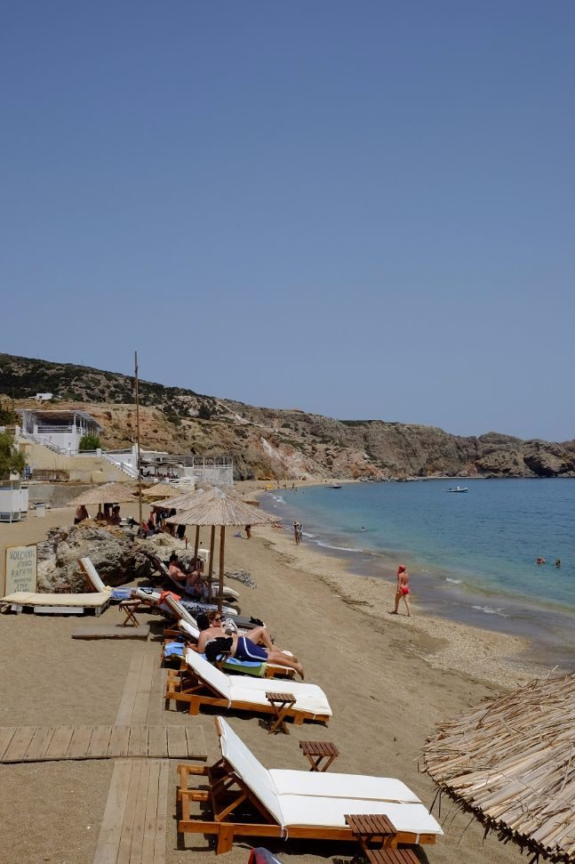 milos beaches paliochori
