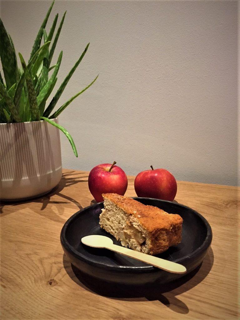 συνταγή για μηλόπιτα εύκολη