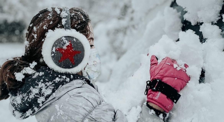 Σήμερα. Χιόνι. Το λευκό της ελευθερίας